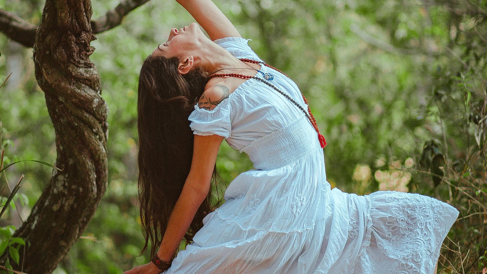 YOGA DANCE – Mini-aula | Acolhendo as Emoções